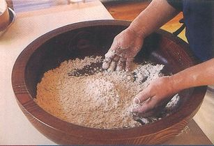 木鉢(こね) 水まわし